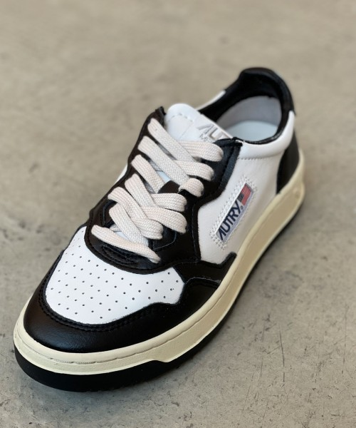 autry-action-shoes-sneaker-white-black-stylealbum